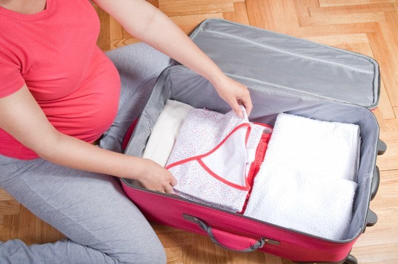 Sinh con mùa đông mẹ bầu cần chuẩn bị kĩ càng cho bản thân