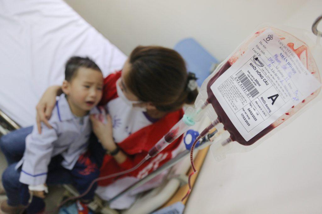 Người lành mang gen bệnh Thalassemia.
