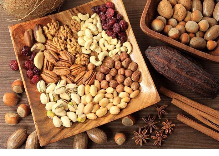 Tết đến, mẹ bầu ăn gì các loại hạt khô rất tốt, nhưng nên chọn loại có nguồn gốc rõ ràng nhé