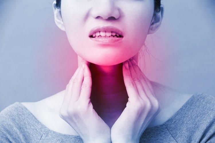 5 dấu hiệu cảnh báo ung thư vòm họng - 3