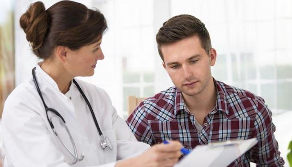 Điều trị vô sinh ở nam giới cần phương pháp chính là điều trị nội khoa và điều trị ngoại khoa