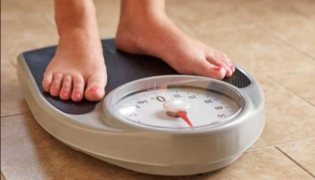 Tăng cân bất thường có thể là dấu hiệu ung thư mà các chị em cần lưu ý